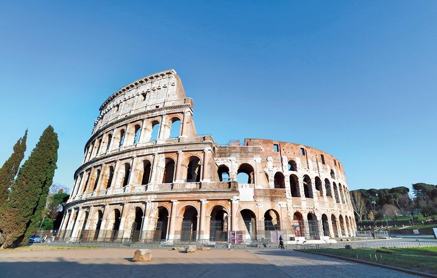 義大利「封城」防疫,熱門旅遊景點幾乎空無一人。(新華社)
