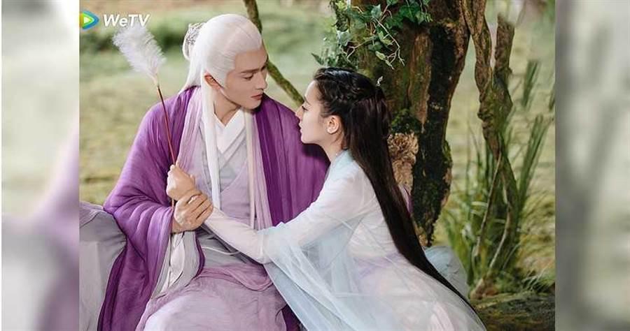 《三生三世枕上書20日播出大結局,迪麗熱巴被高偉光狂撩。(圖/WeTV提供)
