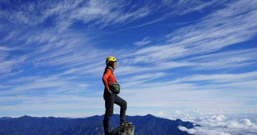 根據政府統計,台灣登山人口上看500萬人,壯闊的山林美景和豐富生態資源,讓登山客趨之若鶩。(圖/翻攝畫面)