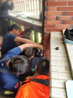 金門男童手指「卡門」  湖消6幹員協助脫困