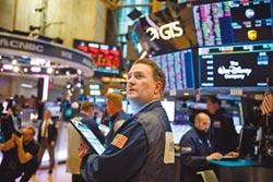 拋股減債 41%經理人加碼現金