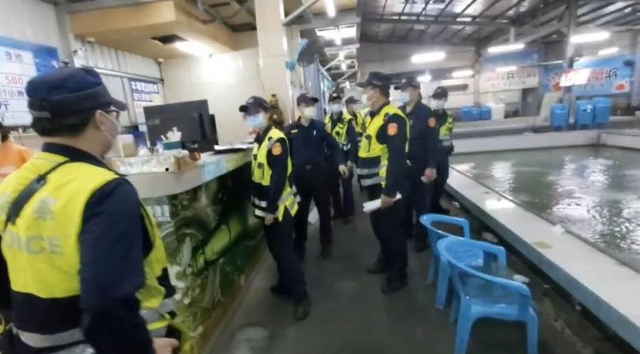 林口警方昨晚起規畫擴大臨檢。(警方提供╱吳亮賢新北傳真)