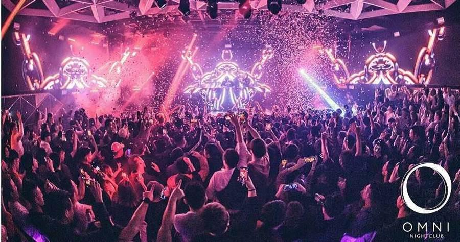 東區知名夜店OMNI時常請來知名DJ表演,廣受許多電音樂迷喜愛。(圖/翻攝自OMNI臉書,下同)