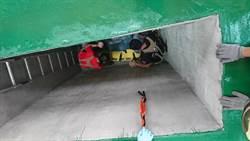 台南工地意外 工人掉3公尺深坑幸運獲救