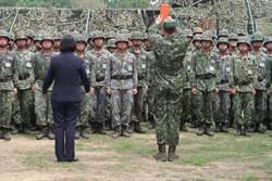 防疫作戰上 總統:國軍是一支可信賴的部隊
