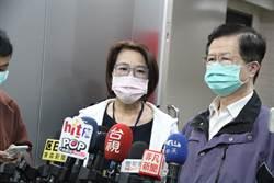 急診室醫生遭爆穿輕便雨衣 北市:防護衣已配發