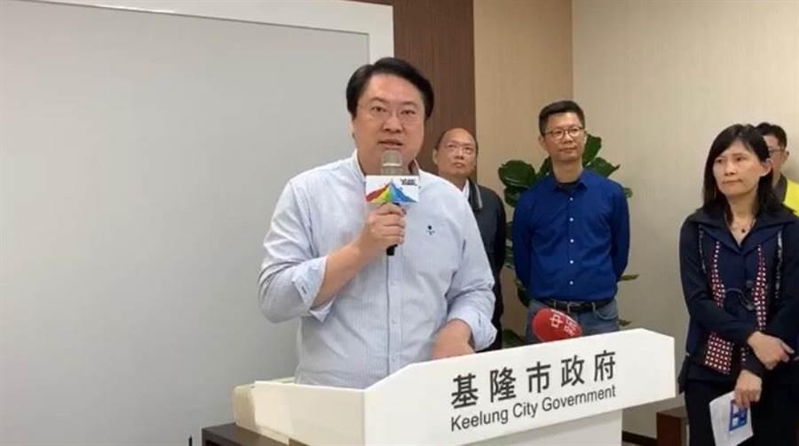 基隆市政府19日曾公布市內防疫旅館僅入住5間,但市長林右昌24日卻表示,防疫旅館基本上已滿住。(吳康瑋攝)