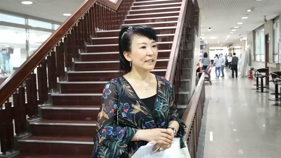 陳力瑜涉賣朱銘大師贗品遭起訴,她受訪喊冤。(黃捷攝)