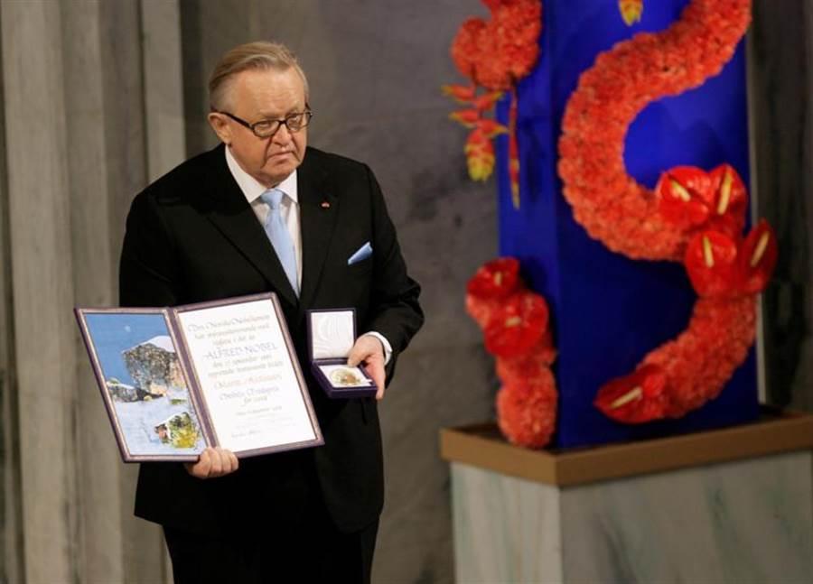 芬蘭前總統、2008諾貝爾和平獎得主阿赫蒂薩里,確診新冠肺炎。(圖/路透社)