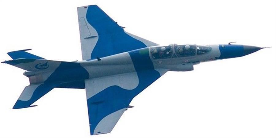 殲教9「山鷹」教練機,將出現艦載機版本,也可能擔任航艦的輕型攻擊機之用。(圖/貴州飛機公司)