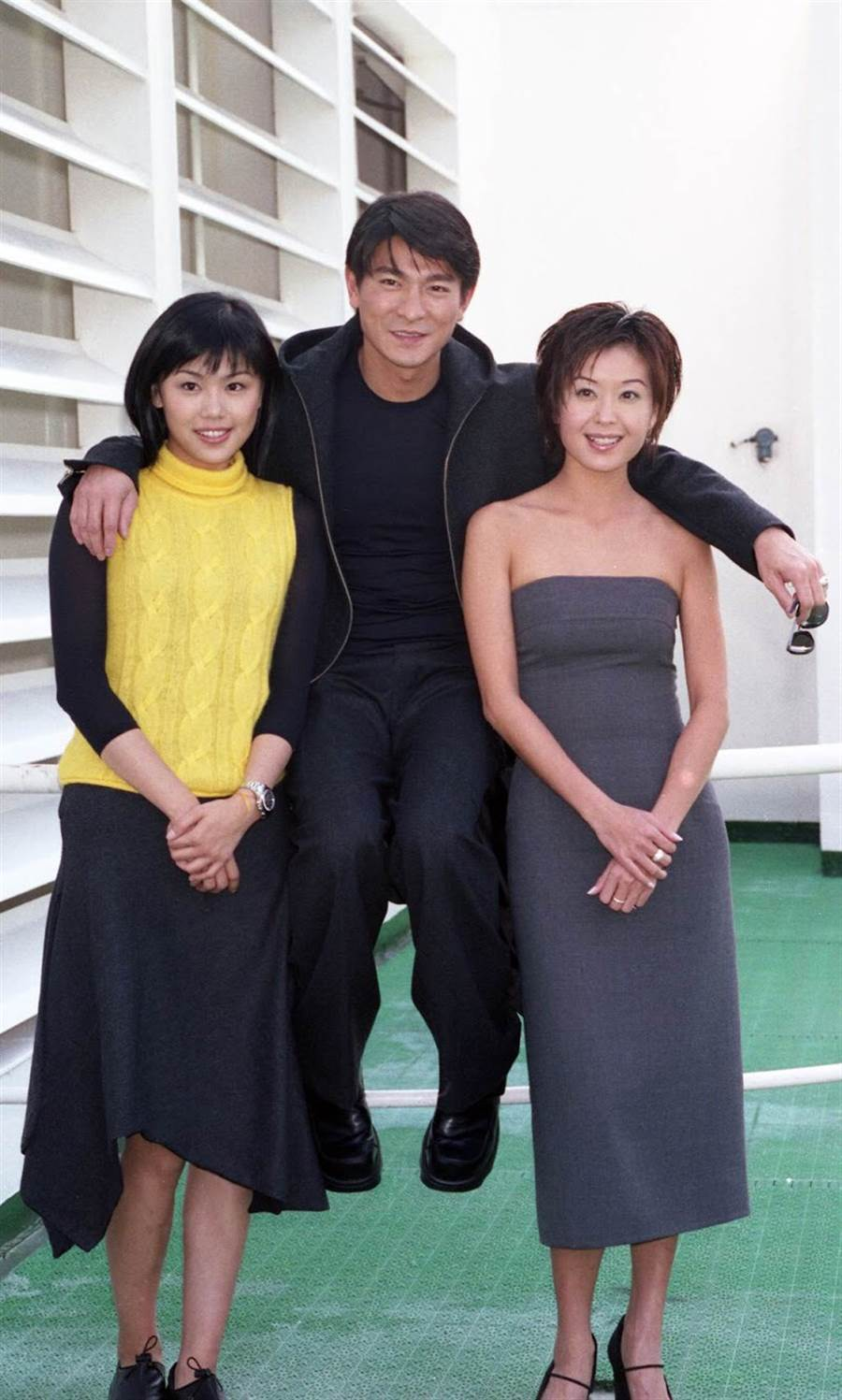 伍詠薇(右)1999年曾和劉德華一起來台宣傳電影。(資料照/楊約翰攝)