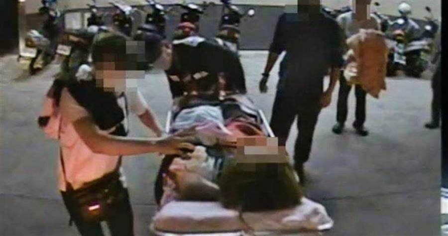 嘉義知名義福軒蛋捲工廠傳出工安意外,1名越南籍女移工操作機台時,不慎遭切斷手臂,經過搶救已接回。(圖/報系資料照)