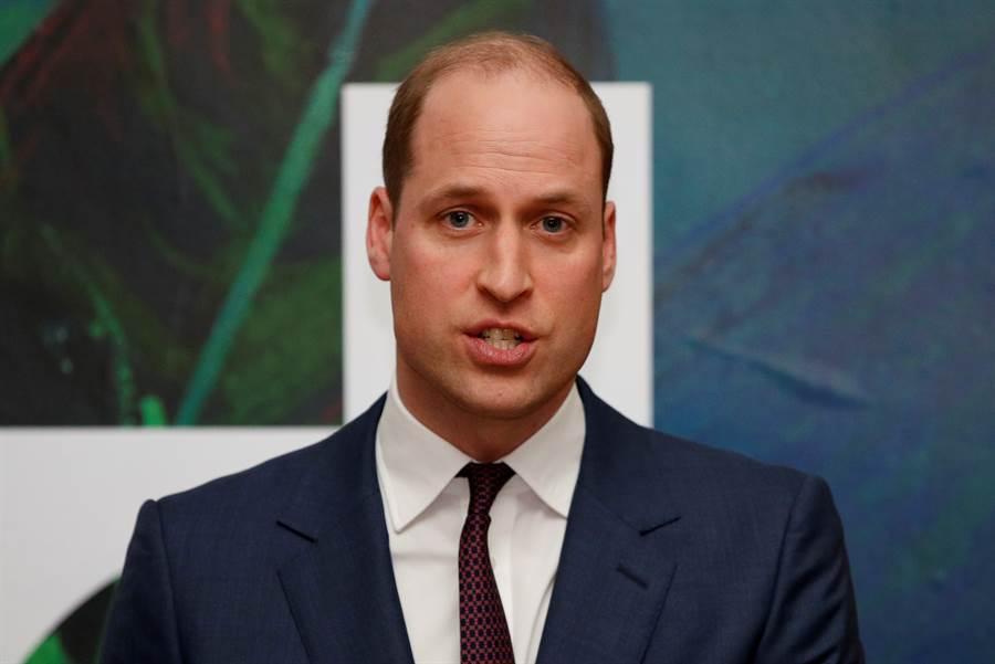 英國王太孫威廉王子曾在3月初說「與凱特散播新冠病毒」, 結果父親真確診新冠病毒。(圖/美聯社)