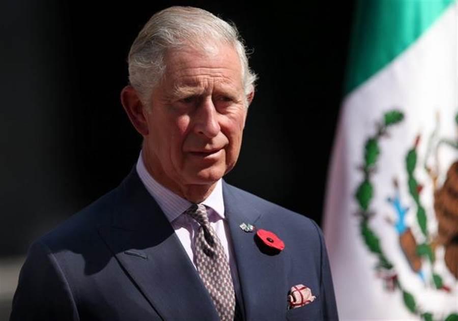 查爾斯王子確診新冠肺炎,遭網友揶揄「等10多年,終於加冕(Corona)了」 (圖/美聯社)