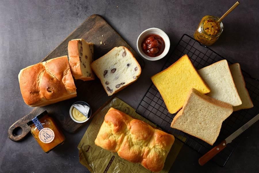 LA ONE烘焙坊販售多款歐式麵包、南瓜吐司、地瓜乳酪麵包等。(LA ONE提供)