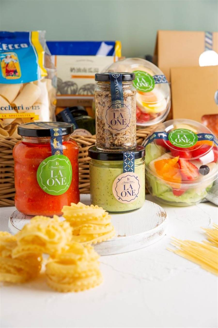 鮮果醬系列嚴選臺灣水果,以低溫方式多次處理,保留水果香氣及營養價值。(LA ONE提供)