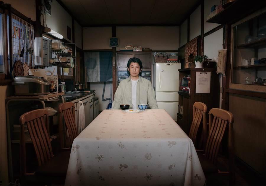 日本奧斯卡影帝被原著劇本深深吸引,演出片中父親一角。(威視電影提供)