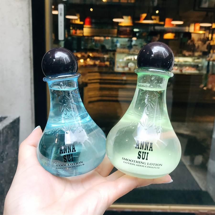 藍色罐為薄荷毛孔緊緻精華露,綠色罐為綠茶平衡精華露。(圖/邱映慈攝影)