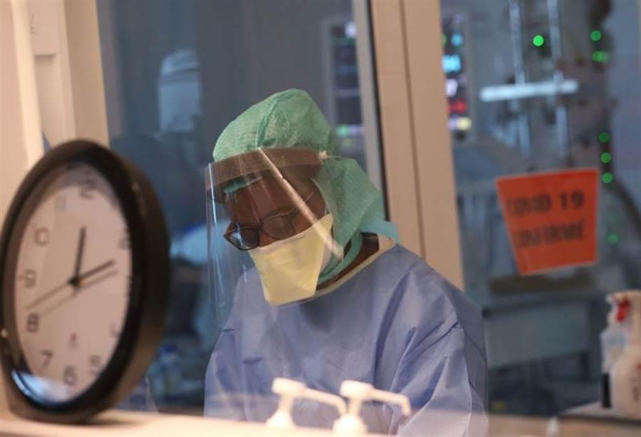 路透社報導,在新冠疫期爆發前,美國疾管局駐中國大陸的人員大幅減少,可能影響美國對疫情的判斷。(圖/路透社)