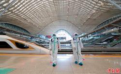 武漢車站全面消毒