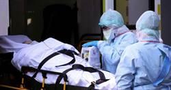 5歲兒傻傻「抱著屍體睡」!醫護媽染疫慘死…16小時才被發現