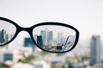 視力跟貧血有關?這樣做視力就變好