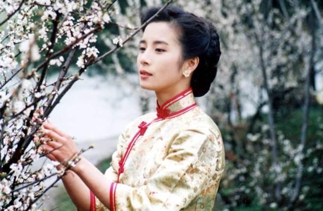岳翎身為第三代「瓊瑤女郎」,獨特氣質深植人心。(中時資料照片)