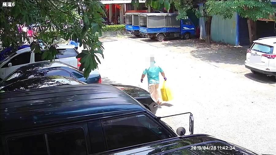 警方鎖定謝姓男子涉案,昨日將他拘提到案。(翻攝照片/林郁平台北傳真)