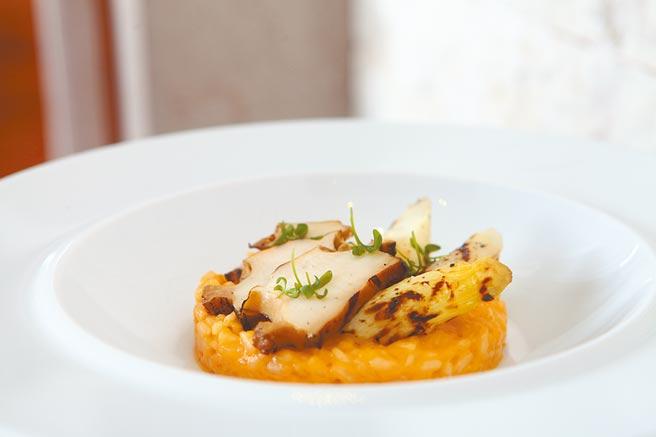 法國白蘆筍鮑魚燉飯。(三二行館提供)