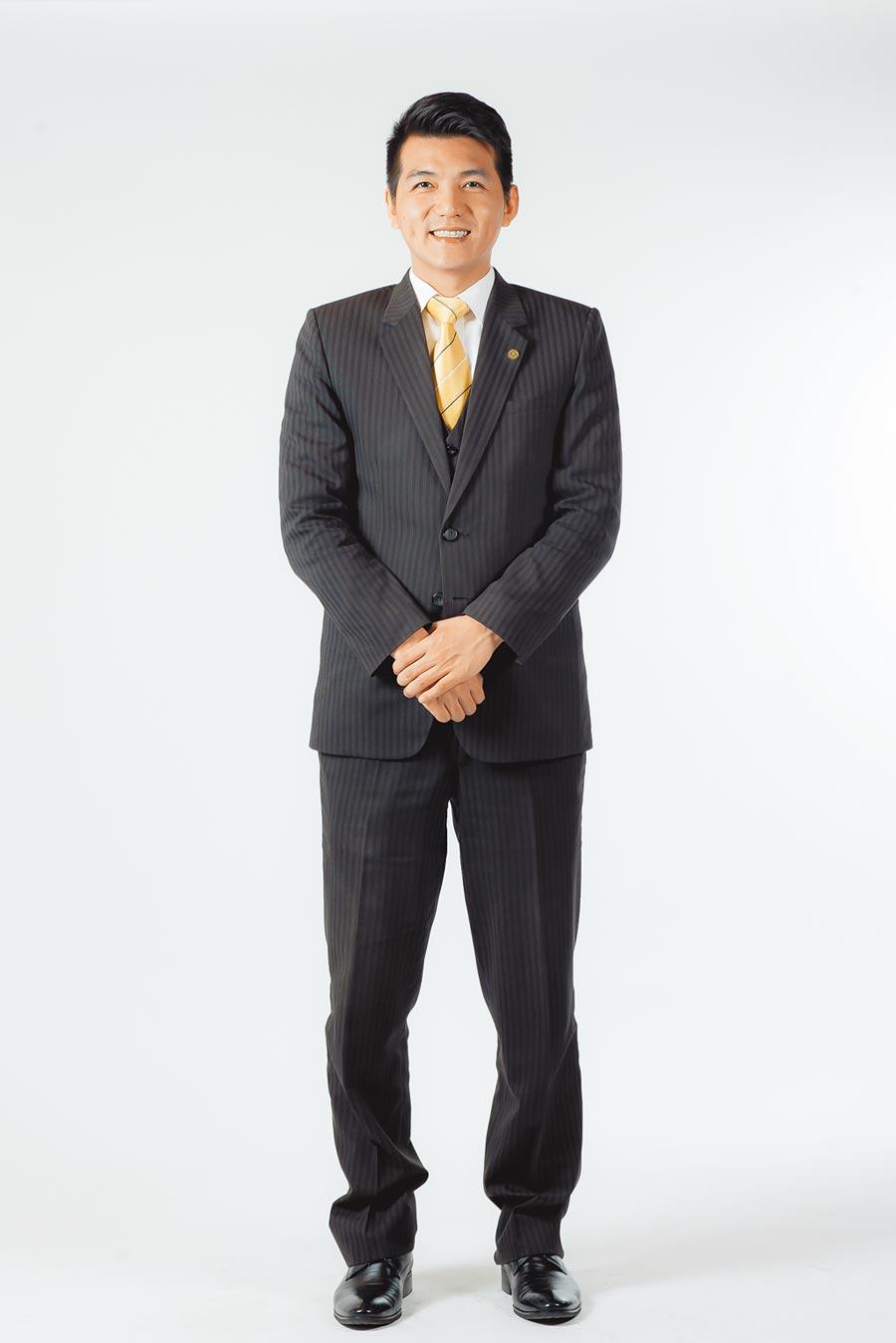 永慶房屋業管部資深經理謝志傑