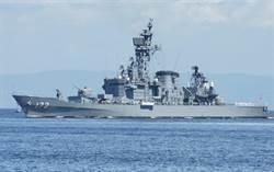 日本護衛艦和大陸漁船在東海相撞