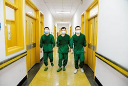 隔17年 我從醫學生變抗疫主力軍