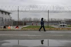 印尼擔心新冠病毒擴散 釋放3萬囚犯
