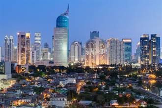 防新冠封關 印尼將禁外國人入境、轉機