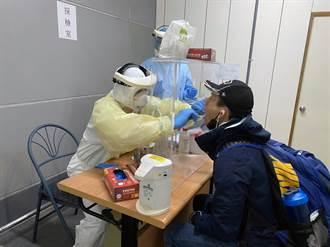 聯新國際醫院支援機場採檢站 4位院長輪值大夜班