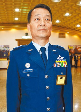 府副侍衛長 李慶然接任