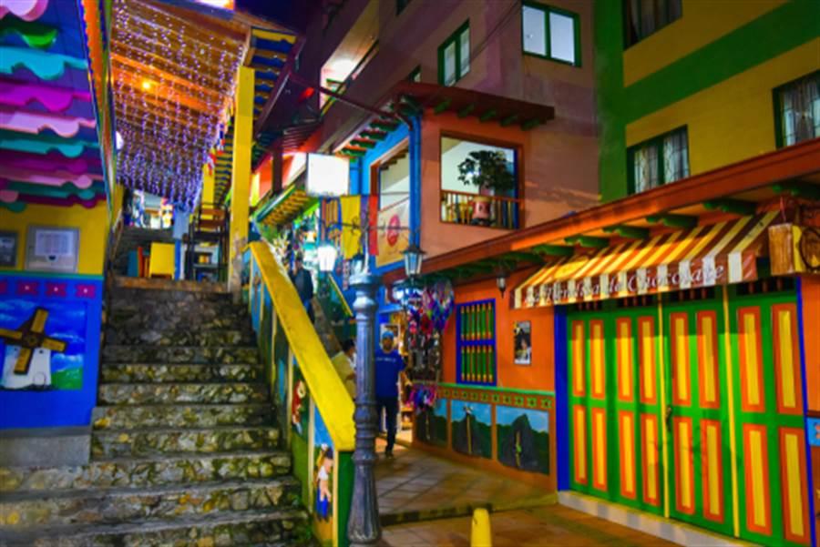 瓜塔佩小鎮隨處充滿色彩(圖片取自/達志影像)