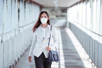 新冠肺炎將成常態 防重症是首務