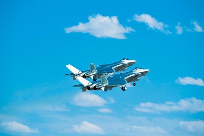 大陸空軍殲-20戰機。(新華社資料照片)
