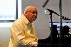 爵士樂大師艾利斯馬沙利斯罹新冠肺炎病逝 享壽85歲