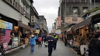 避免群聚感染 大溪警方老街宣導安全社交