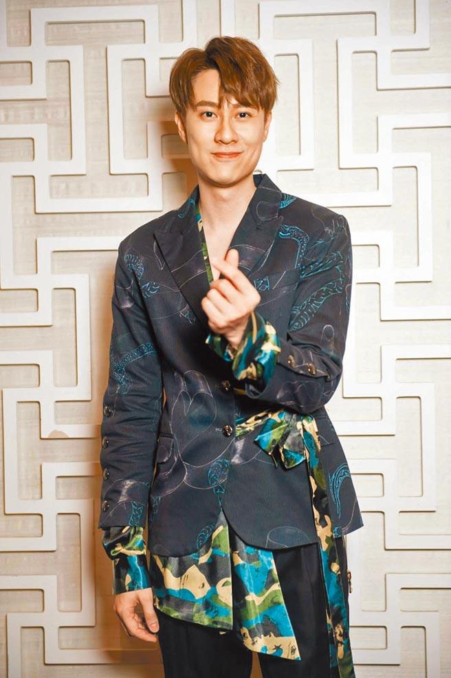 劉書宏私下是個喜歡運動的大男孩。(娛樂星經紀公司提供)
