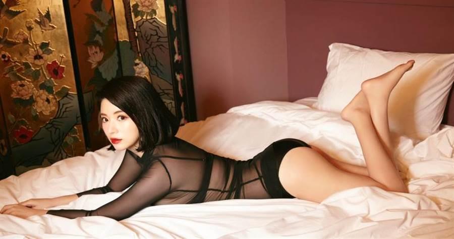 球美少女!放送F豪奶日本AV女優櫻羽和佳擔任JKF四月號封面, 網路正妹美女分享