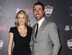 MLB》韋藍德偕辣妻發聲 薪水全捐抗疫情