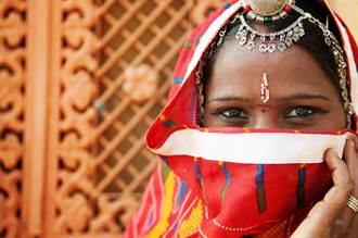 印度聖女奉獻寺廟 沒人敢娶下場慘
