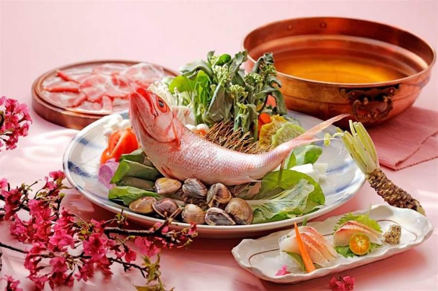 春櫻鮮鯛海陸鍋。(圖/欣葉呷哺呷哺提供)