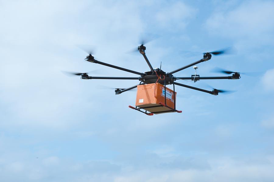 高負載、高續航力商用無人機,成為疫情延燒時最好的運送幫手。圖/業者提供