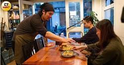 【愛心漢堡哥2】1人餐廳4張桌 小費捐弱勢堅持10年