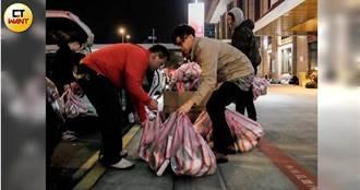 【愛心漢堡哥4】賺少點沒關係! 老闆兼廚師傳愛給街友