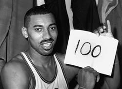 NBA》張伯倫:聯盟修改規則讓喬丹統治賽場